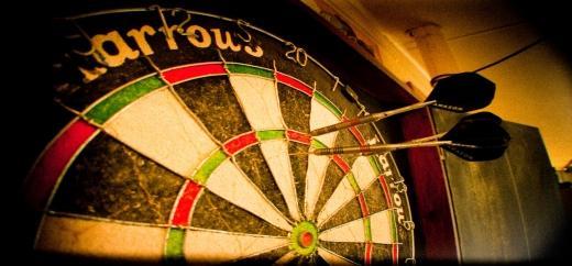 Any darts pros around?